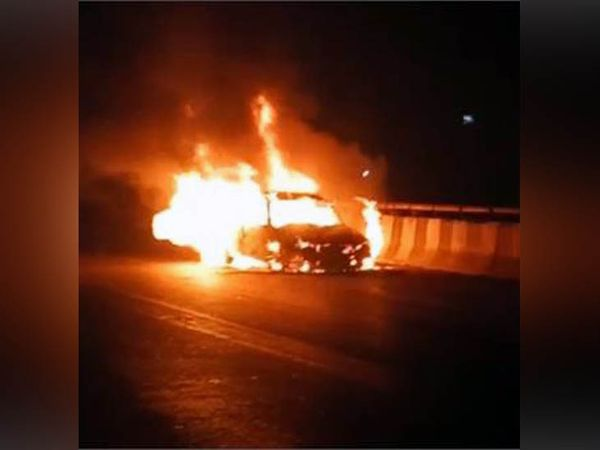 car became fireball running on gannaur sonipat flyover