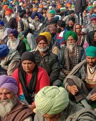farmers sitting on dharna at kundli border suffering from cold and cough